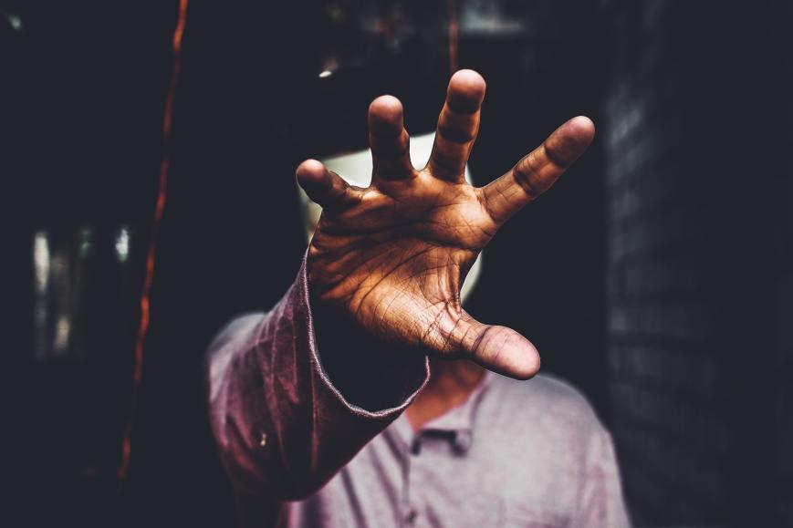 reach hand